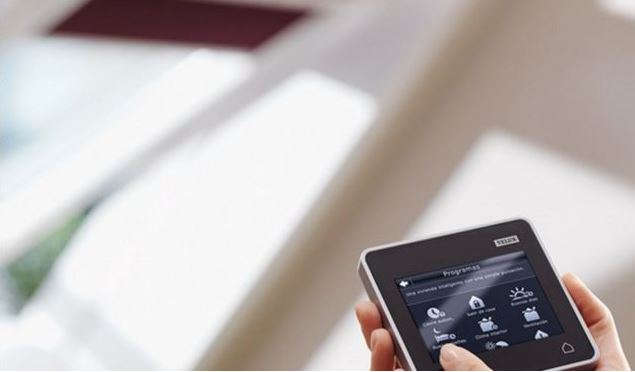 Velux integra touch screen skylight control pad from for Velux skylight remote control manual